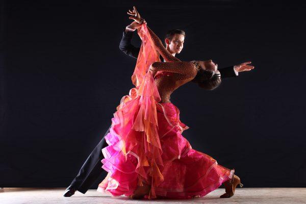 社交ダンスのメリットとは?社交ダンスの7つのメリットを紹介