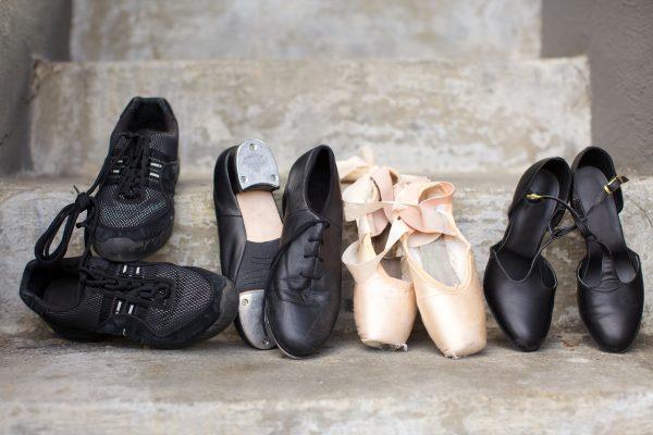 社交ダンスシューズの種類と選び方について紹介
