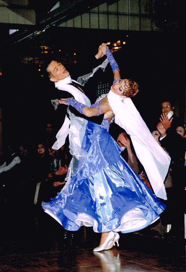 15周年記念親睦晩餐舞踏会 スペシャルゲスト庄司組のサムネイル
